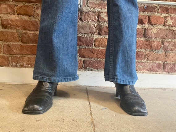 70s Lee Denim Saddle Back Denim Flared Jeans - image 7