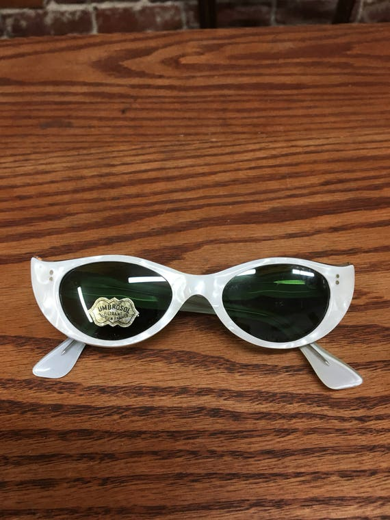 Made in France 60s Cat Eye Pearl Finish Green Lenses Dead Stock Sunglasses European Vintage Size Small Vintage Sixties 1960s