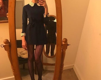 Vintage 1970s 70s long sleeve A line navy mini dress with lace Peter Pan collar size medium
