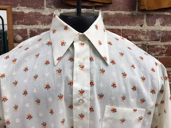 Mens 70s Flowered Cotton Blend Western Button Up Shirt 44 Chest Vintage Seventies 1970s