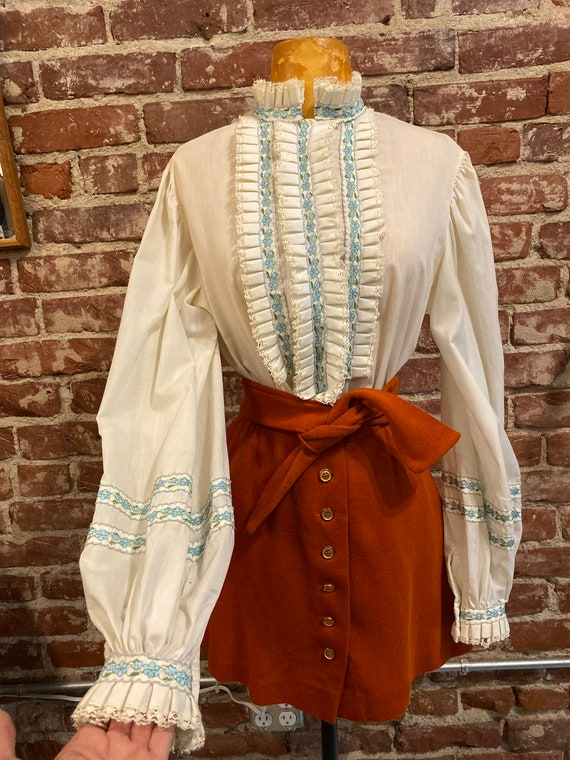 70s Victorian Embroidered Trim Exaggerated Balloon Sleeve Blouse