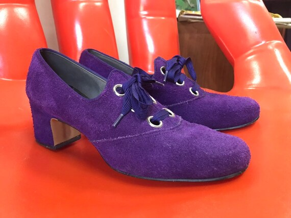 Rare 70s Purple Suede Mod Heeled Mary Jane Oxfords. Size 7