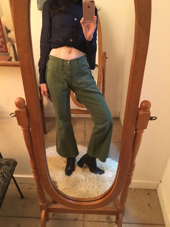 "70s Wrangler Army Green Cotton Flared Jeans Vintage Seventies 1970s 27"" Waist by 29"" inseam"