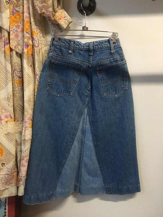 "70s Levi's Patched Bohemian Denim Skirt 25"" Waist by 28.5"" Length Vintage Seventies 1970s"