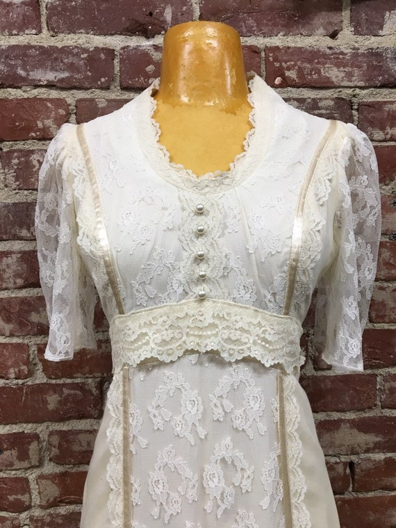 70s Victorian Cotton Ivory Gown Sheer Lace Sleeves Vintage Seventies 1970s Size Small/Medium