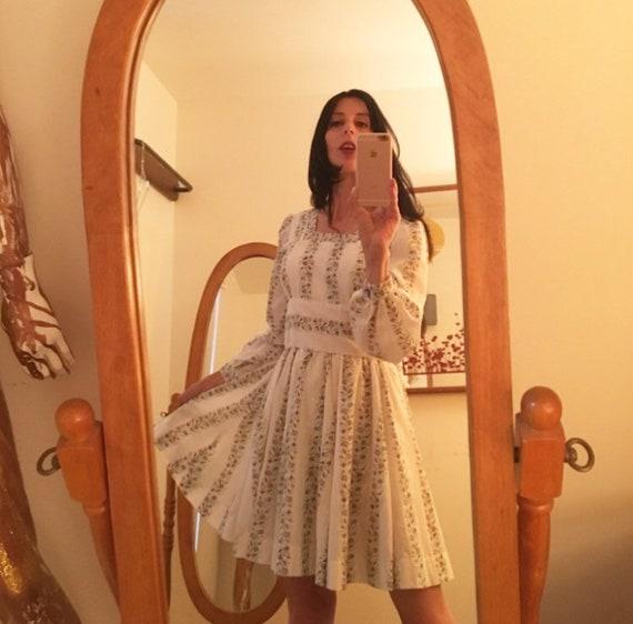 70s Mini Dress Cotton Eyelet Poet Sleeves Vintage Seventies 1970s Size Small