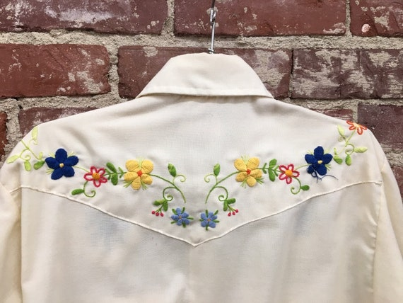 70s Men's Embroidered Shirt by Ely