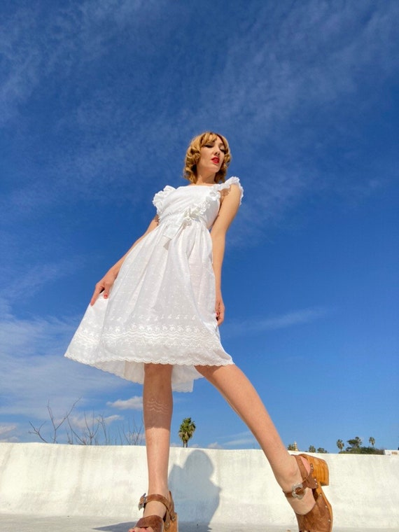 70s White Cotton Eyelet Pinafore Dress