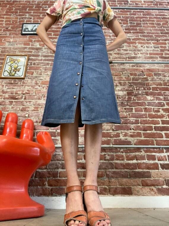 """70s Snap Button Denim Skirt 25"""" Waist - image 4"""