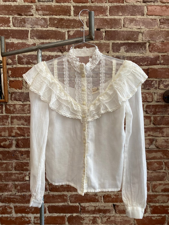 70s Gunne Sax White Cotton Victorian Blouse - image 4