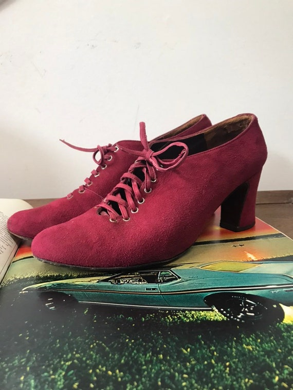 60s Ruby Red Suede Saks Fifth Avenue Heeled Oxfords Size 7 Made in Spain
