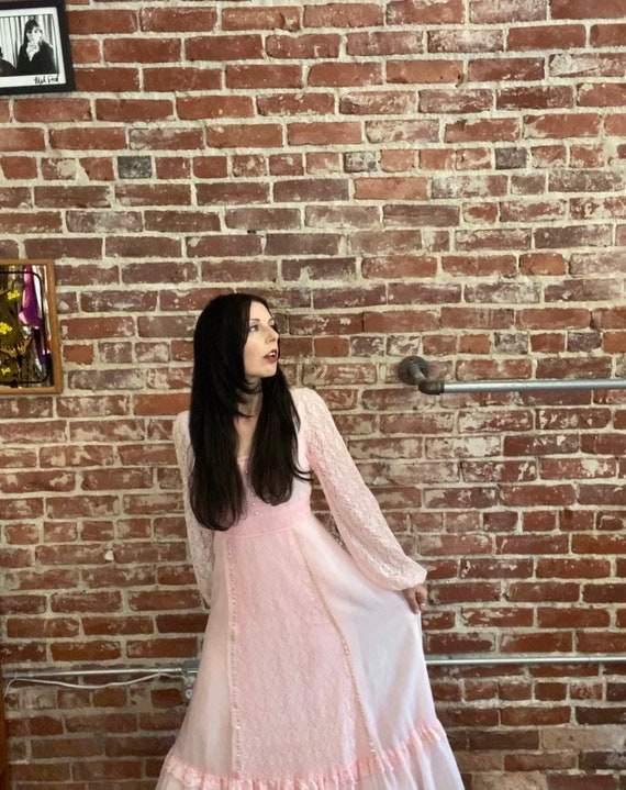 70s Victorian Pink Cotton Sheer Sleeve Gown