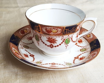 Colclough/ delicate fine bone china, tea cup and saucer, Vintage Shabby Chic,Vintage  teacup