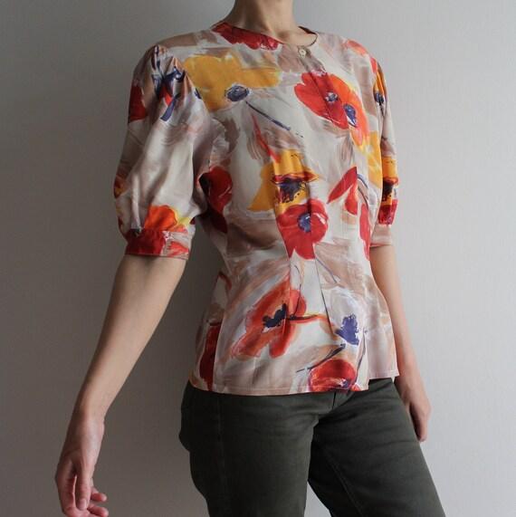 80s Beige Floral Romantic Blouse Vintage Crepe Edwardian Style Top
