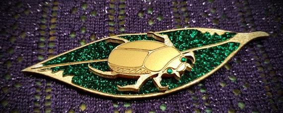 Australian Christmas Beetle.Christmas Beetle Green Glitter Leaf
