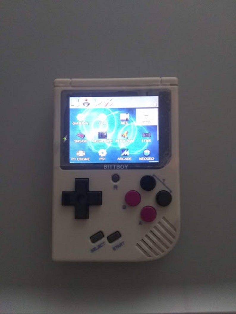 New BittBoy V3 5 16 GB SD Loaded w/ Games shipped out FL Extra Games incl