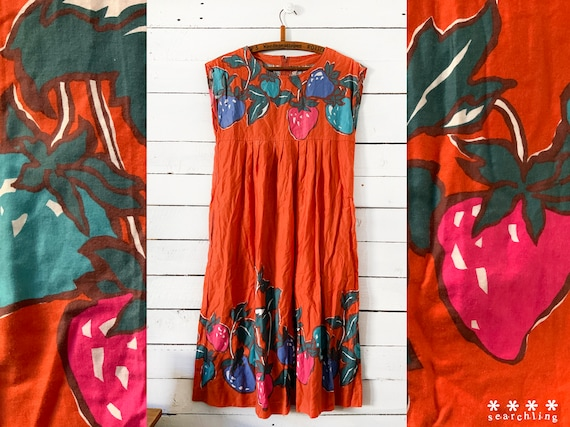 Cute vintage Orange strawberry print dress - Mediu