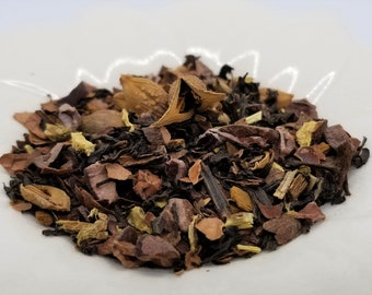 Drink Me Potion - Alice in Wonderland, Black Tea, Forsythia Fruit, Cacao Nibs, Cacao Shells, Licorice Root (Sweet), Cinnamon, Tempting Tea