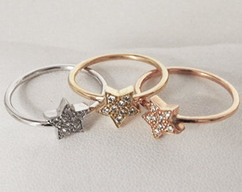 Star ring and diamonds