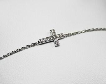 Bracelet and diamond white gold 750 white cross