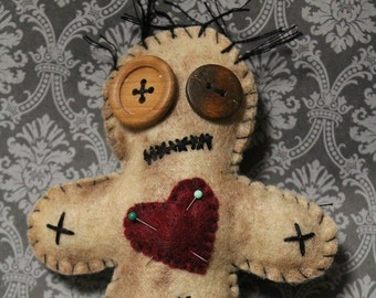 Voo Doo Doll-Grungy voodoo doll-Voodoo plush-Handmade felt creepy doll-Halloween decor-Primitive decor