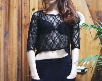 TOP AYA with lace black