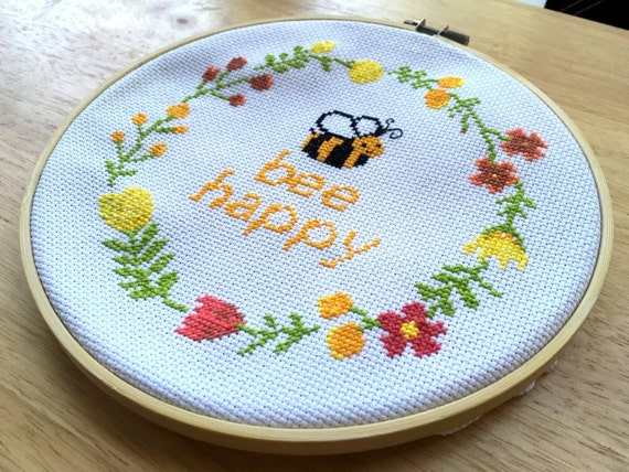 Beginner Cross Stitch Pattern - Bee Happy Cross Stitch Pattern