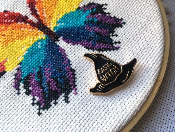 Chapeau de sorcière à l'aiguille l'aiguille l'aiguille Minder - base sorcière Halloween à l'aiguille aimant - magicien - magie - croix - point de broderie 9e29f9