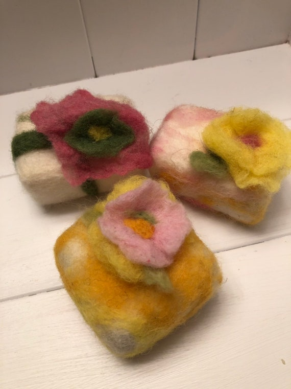 Felted Soap with large felted Flowers