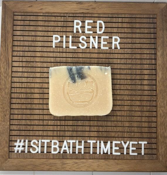 Red Pilsner Soap//beer soap// Savon à bière