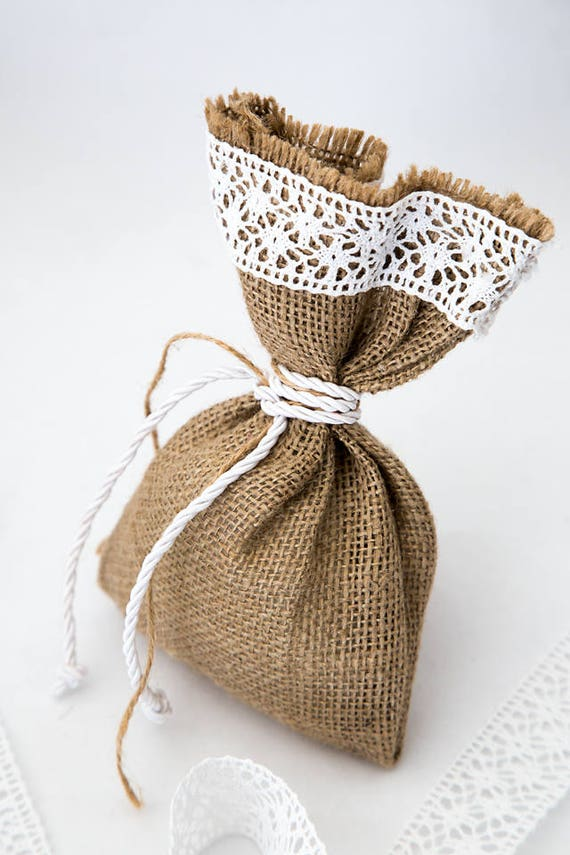 burlap wedding favor bags - 570×855