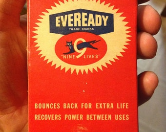 Eveready Battery Photographic Flash Battery Nine Lives 240 volt battery no. 491 repeating flash battery pack