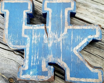 Distressed Wooden Kentucky UK logo