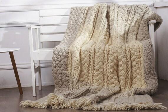 grosse maille throw couverture en laine m rinos tricot etsy. Black Bedroom Furniture Sets. Home Design Ideas