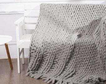 "Chunky wool throw, Chunky knit blanket, Wool throw, Throw blanket, Knitted blanket, Knitted wool blanket, Wool blanket, Gray, 47""x70"""