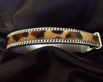 Bracelet en cuir de veau avec poils et chaîne - Motif Léopard fe566878a0cc