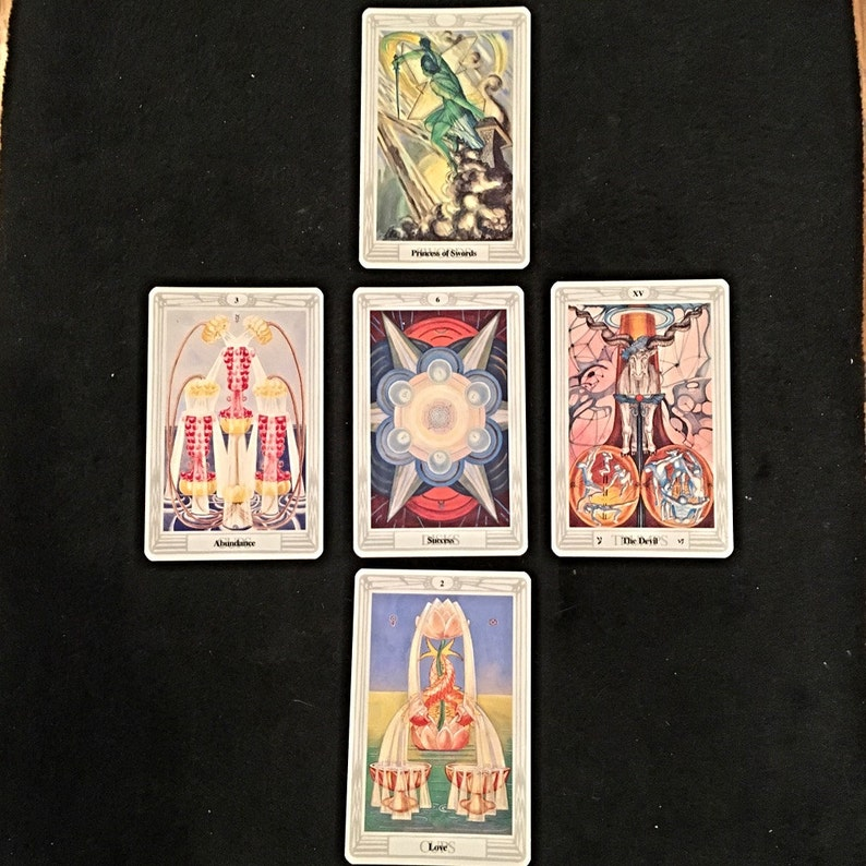 Aleister Crowley Thoth Tarot 5-card Reading