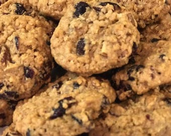 Crunchy Pecan Cranberry Oatmeal Cookies Made to Order - One Dozen