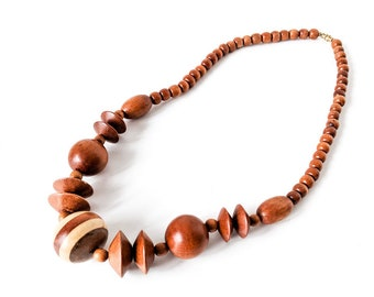 Vintage 1960s Wood Beads | Mixed Light and Dark Cocoa Brown Beaded Necklace | Wood Jewelry | Vintage Necklace | Wood Statement Necklace