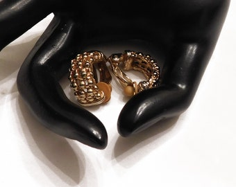 GOLDENTONE CLIP ON Earrings Vintage Classic, Beautiful Detailed Christmas Gift, Stocking Stuffer Signed Screw Back! 2108