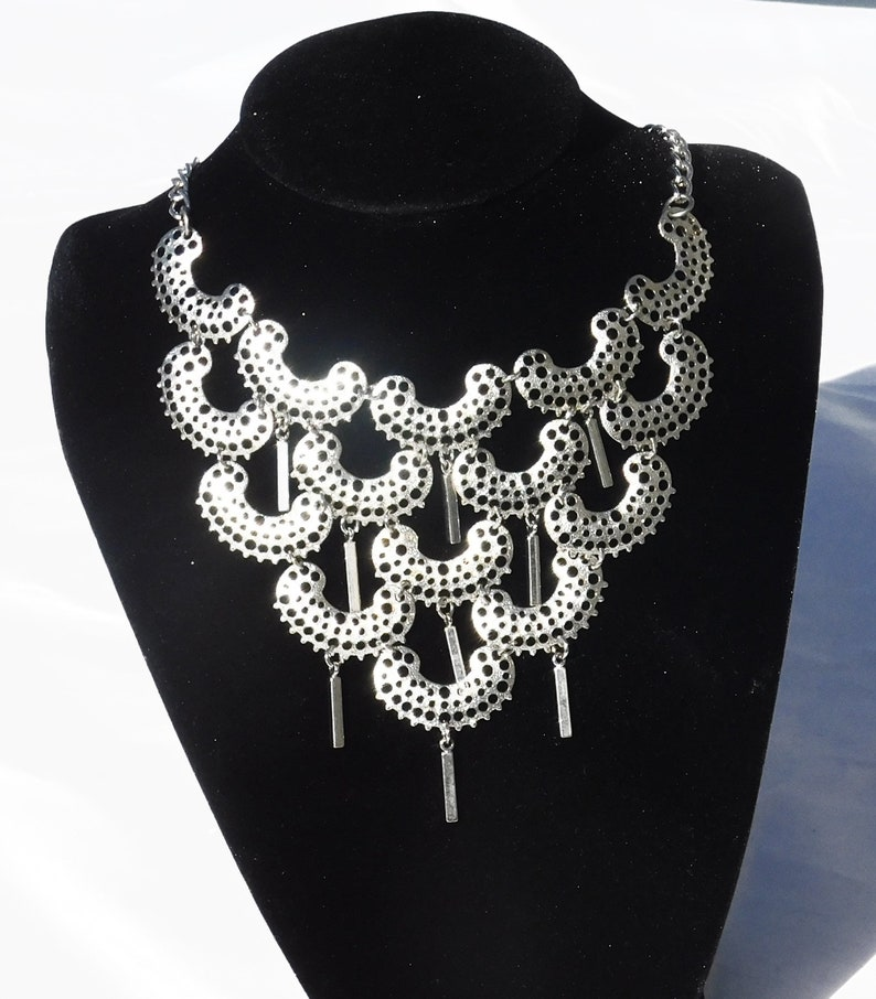 Gift for Her 1808 Eye Catching Geometric Sarah Coventry CHARISMA 1973 Set Necklace Stunning Clip Earrings Signed Vintage Designer