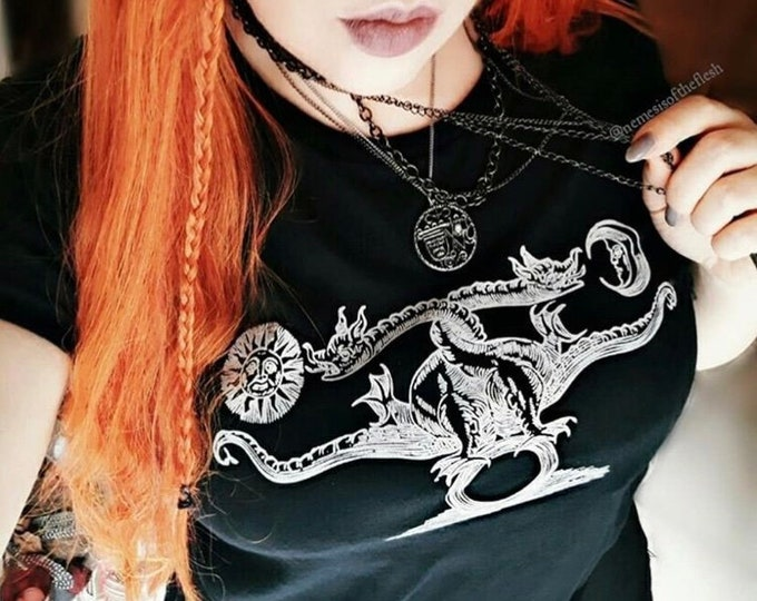 Dragons Femme Fit Tee