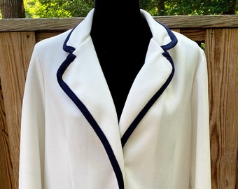 1970s Montgomery Ward White Pant Suit with Skirt
