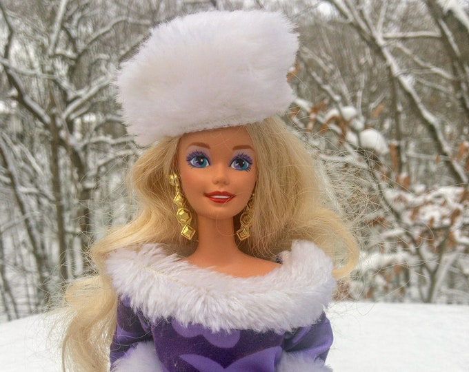 Featured listing image: 1993 Winter Royale Barbie Doll