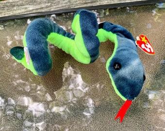 1997 Teanie Beanie Baby Hissy the Snake