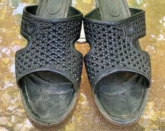 Vintage Black Slip On Sandals