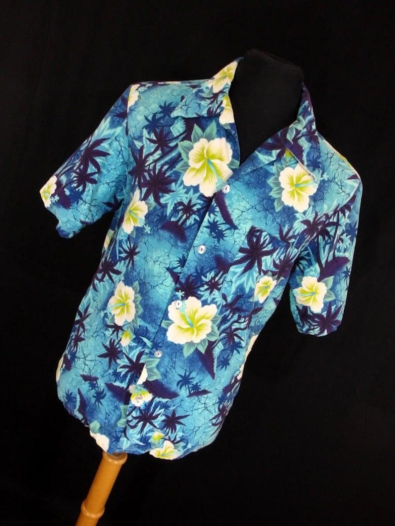 10b6909b Vintage 60s Hukilau Fashions Hawaiian Shirt Aloha Resort Blue   Etsy