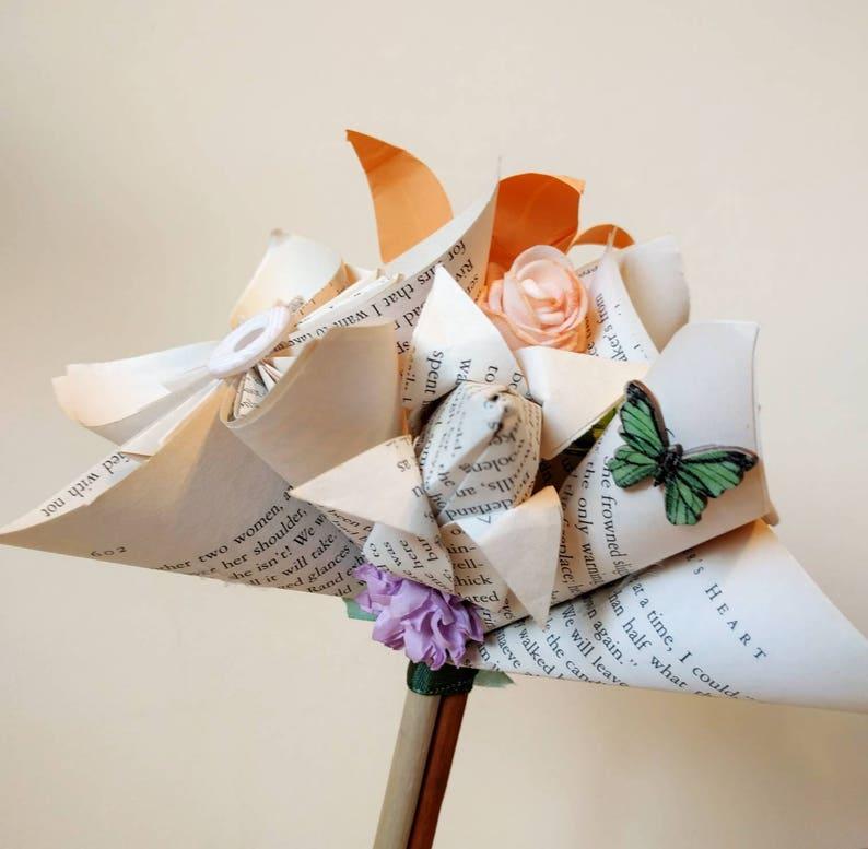 Paper Flower Bouquet Home Decor Folded Paper Art Alternative Bridal Origami Bouquet Wedding Day Bride. Floral Decor Bunch of Flowers