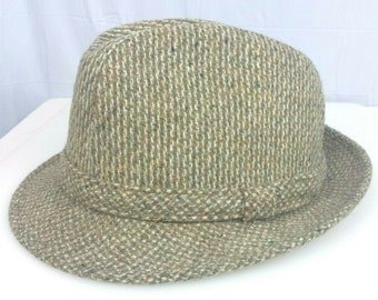064640a1169f2 Young An Fedora Trilby Hat Vintage 7-7 1 8 Wool Tweed Stripe Beige Mid  Century Hat