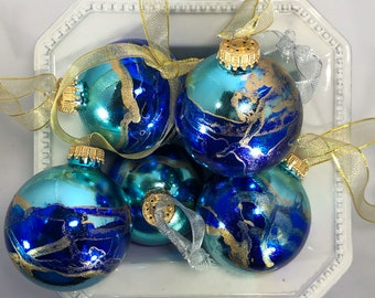 Customizable Christmas ornaments painted with alcohol inks. Customized Christmas decorations. SOLD SEPARATELY.